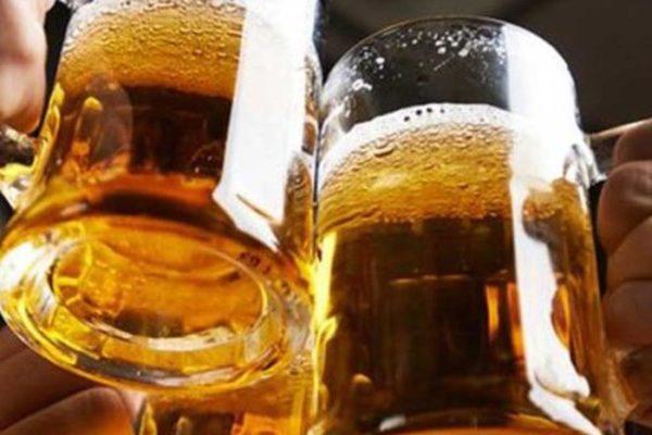 Người bị tiểu đường không nên sử dụng đồ uống có cồn